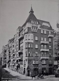 Beautiful Buildings, Warsaw, Bulgaria, Homeland, Romania, The Past, Funny Pictures, Lost, Black And White