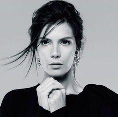 *.* Hatice Sendil, American English, Turkish Beauty, Black And White Portraits, Timeless Elegance, Turkish Actors, Bvlgari, Actors & Actresses, Photography