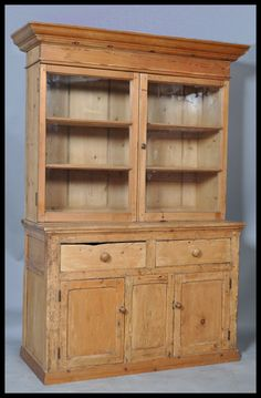 This is exactly the kind of Welsh Dresser my mum always had.  I'd love one to start my own special dish collection.