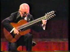 Recuerdos played by the Master, Narciso Yepes in concert  - and note he isusing a 10-string guitar.