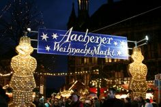 christmas markets  in germany | Somewhere in the Middle: Aachen Weihnachtsmarkt -- repinned by www.mybestgermanrecipes.com
