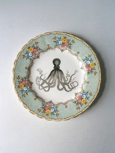 Altered Art Plates by TheLuckyFox @ Etsy