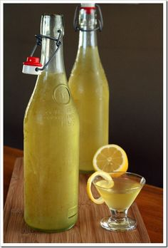 Homemade Limoncello: Remember a couple weeks ago when I posted my Grand Marnier recipe? Since it's so simple and easy to make, I thought I would share another one of my favorite homemade liqueur recipes. Limoncello is … Cocktails, Party Drinks, Cocktail Drinks, Alcoholic Drinks, Beverages, Cocktail Recipes, Homemade Alcohol, Homemade Liquor, Homemade Liqueur Recipes