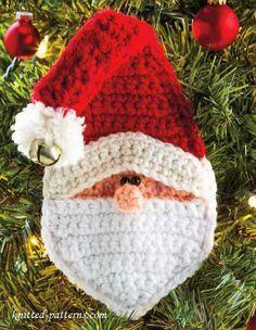 Crochet Santa Christmas Ornaments.