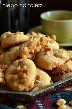 niebo na talerzu: Najlepsze ciasteczka kajmakowe. Kruche ciasteczka z orzeszkami