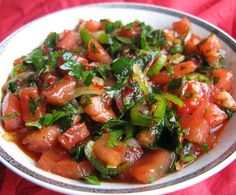kask-salatasi Turkish Recipes, Ethnic Recipes, Kung Pao Chicken, Vegetable Recipes, Salsa, Appetizers, Healthy Recipes, Vegetables, Breakfast