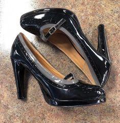 b0fcc1a754cb Nomad Serena Womens Black Platform Pump Buckle Detail Patent Leather Sz 9
