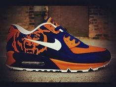 Exclusive sneakers with a splash of Flavor! by FlavorWorld Chicago Bears Shoes, Chicago Bears Man Cave, Chicago Bears Pictures, Nfl Shoes, Bears Football, Chicago Football, Football Stuff, Exclusive Sneakers, Bear Men