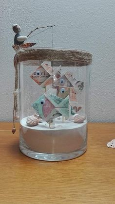 Een leuk creatief idee om geld te geven als cadeau A nice creative idea to give money as a gift give Wedding Gifts For Newlyweds, Newlywed Gifts, Unique Wedding Gifts, Unique Weddings, Gift Wedding, Diy Crafts For Gifts, Paper Crafts, Sea Crafts, Don D'argent