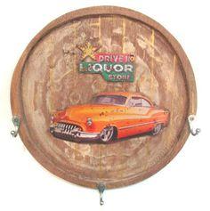 Ateliê Le Mimo: GANCHEIRAS e PORTA-CHAVES  Gancheira em madeira com aplique de metal