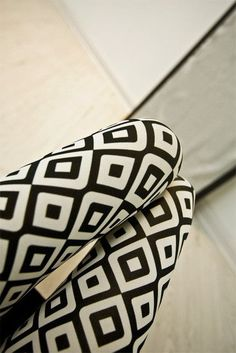21Hot selling High Elastic Design Vintage graffiti Leggings Floral patterned Print Leggins For Women Free Shipping Leggins Sale