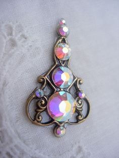 Iridescence Bindi  bellydance tribal crystal bindi by KuhlJewels, $15.00
