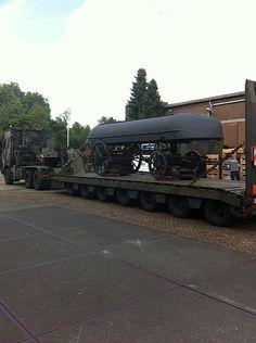 De grote objecten uit het Legermuseum worden voorlopig bij het (gesloten) Militaire Luchtvaart Museum in Soesterberg opgeslagen.