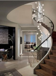 Staircase Design Modern, Home Stairs Design, Curved Staircase, Modern Design, House Design, Staircase Ideas, Residential Interior Design, Best Interior Design, Home Lighting