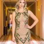 "65 Likes, 2 Comments - Lena Atelie (@lenaatelie) on Instagram: ""Um toque de tons ! By Lena Ateliê #vestidobordado #vestidodeformatura #vestidodecasamento #glamour"""
