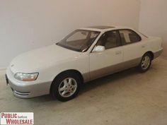 1992 Lexus ES 300 4dr Sedan Auto Sedan for $1,200 on CarSoup.com