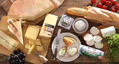 Pomysł na deskę serów #intermarche #DeskaSerow #sery #inspiracje Brie, Dairy, Cheese, Food, Essen, Meals, Yemek, Eten