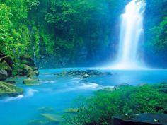 Waterfall / spring in Costa Rica