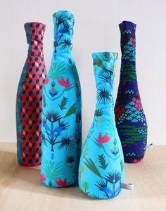 vases palm blue par Julie Yülle