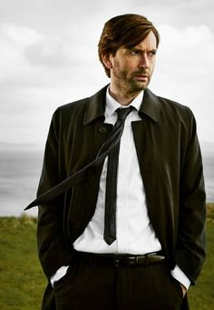 New promo pics for US Broadchurch remake, Gracepoint  (and yes, I put them on my Doctor Who board).