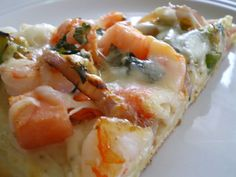 Crab and Asparagus Pizza Makes two pizzas 1 pound fresh asparagus, can cut into pieces if desired 2 tablespoons butter 2 pizza crusts or flatbread 2 tablespoons extra virgin olive oil 2 ta… Seafood Pizza, Seafood Appetizers, Seafood Dinner, Fish And Seafood, Pizza Pizza, Kids Pizza, Dough Pizza, Flatbread Pizza, Chicken Pizza