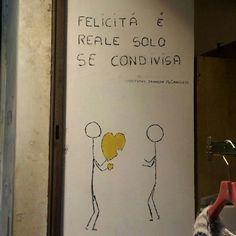 3 /12 / 2014 la felicità è reale solo se condivisa!  #Roma #italia #viajes #rincones #arte #Streetart #paseandoporlaciudad #Nubesviajeras