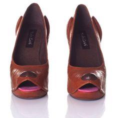 Bizarre shoe designs by Kobi Levi - Telegraph