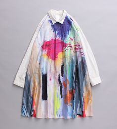 For your little artists, reuse an old blouse for a new apron!