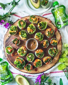 Spring roll party w/ @mrdanley . Spiced it up w/ this new sriracha sauce im obsessed with! We also acted like lil kids sucking out of these addicting af @mammachia pouches #happy Saturday!