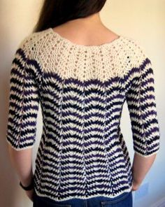 Chevron sweater with 3/4 sleeves -- free pattern