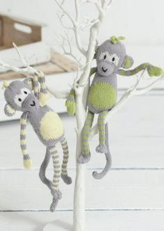 This is the first free pattern in the Noah's Ark knit-along designed by Sue Jobson. Molly & Mickey Monkey are made in Sirdar Baby Bamboo DK which is a wonderfully soft yarn with great stitch definition. You can download the pattern from the Sirdar website or from our Baby Bamboo DK page.
