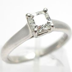 AUTHENTIC TIFFANY & CO. LUCIDA DIAMOND ENGAGEMENT RING