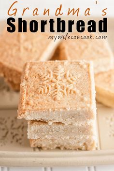 A Scottish creation, Shortbread is a dessert we can all adopt as our own. These easy shortbread cookies are something my grandmother used to always make during the Christmas holiday and that's a tradition that I have continued with my own kids. Easy Cookie Recipes, Cookie Desserts, Easy Desserts, Sweet Recipes, Baking Recipes, Delicious Desserts, Cookie Cups, Holiday Baking, Christmas Baking