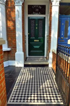 46 New Ideas Victorian Front Door Porch Mosaic Tiles Victorian Front Garden, Victorian Front Doors, Victorian Porch, Front Door Porch, Front Door Decor, House Front, Victorian Mosaic Tile, Porch Tile, Front Path