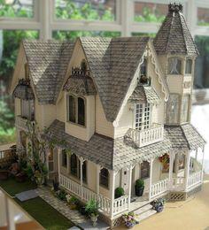 Greenleaf Garfield built by Jo Medvenics