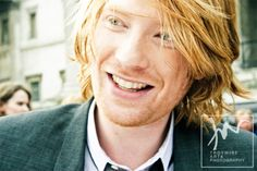 Dohmnall Gleeson is a cutie. Plays Bill Weasley in the Harry Potter Films