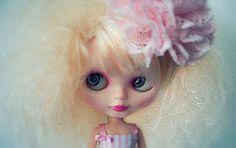 Basaak close-up (belgian wafels) Tags: closeup toy doll fake blythe custom clone basaak