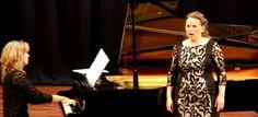 Juventudes Musicales de Almuñécar ofreció un bello concierto de canto y piano