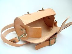 Handstitched Leather Round Pouch Natural Veg by leathermind