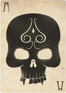 This stencil art playing card is very good and I like the skull as it's a nice…