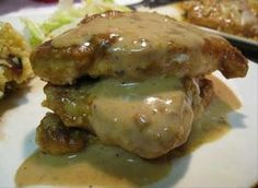 http://woorldcooking.blogspot.com/2016/02/smothered-pork-chops.html