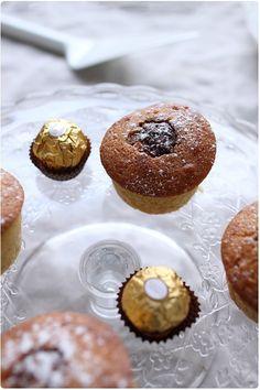 muffins-ferrero-rocher5 Muffins, Cake Factory, No Cook Desserts, 20 Min, Love Cake, Scones, Doughnut, Biscuits, Sweet Tooth