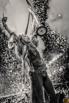 Steven Tyler in Bristow VA U Rock, Rock And Roll, Live Rock, Music Film, Music Icon, Liv Tyler 90s, Steven Tyler Aerosmith, Joe Perry, Jazz Artists