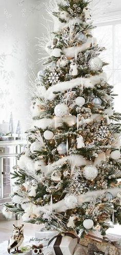 Gorgeous Chirstmas Tree Decorations Ideas 2017 1