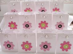 14 Luxury flower and pearl party favour bags  by SparkleandComfort, $16.00