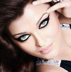 Photo - Stunning eyes! - World of Aish