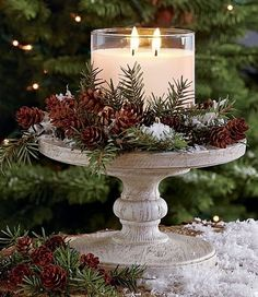27 Gorgeous Christmas Table Decorations & Settings