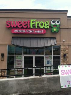 Sweet Frog Channel Letter Sign  #sweetfrogpremiumfrozenyogurt #sweetfrognewlocation #sweetfroglouisville #sweetfrog #commonwealthsigncompany #commonwealthsign #channellettersign #channelletters #businesssign #outdoorsign #customsign #louisvilleky #louisville #frozenyogurt #yogurtbar #gourmetyogurtbar #tastytreats #outdoorbusinesssigns #commercialsigns