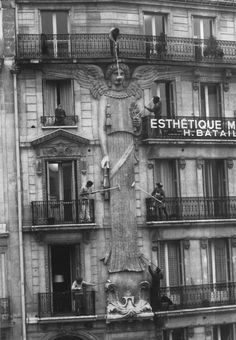 """Agnès Varda, """"Les Dites Cariatides,"""" 1984"""