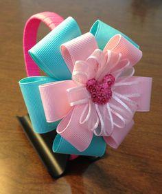 My creations Handmade Hair Bows, Diy Hair Bows, Ribbon Crafts, Ribbon Bows, Diy Hair Accessories Ribbon, Hair Bow Tutorial, Diy Headband, Headbands, Boutique Hair Bows